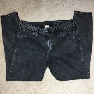 Black distressed (faded) skinny jeans size 16